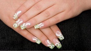 Gel nails are the latest must-have fashion accessory| 2